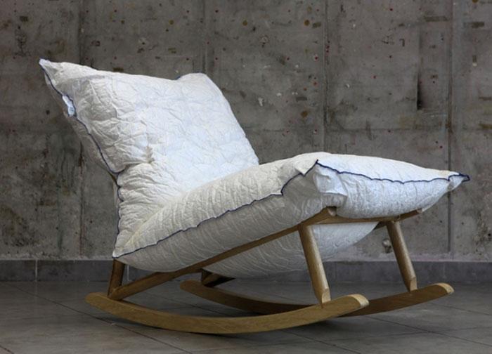 pillow-wooden-base2