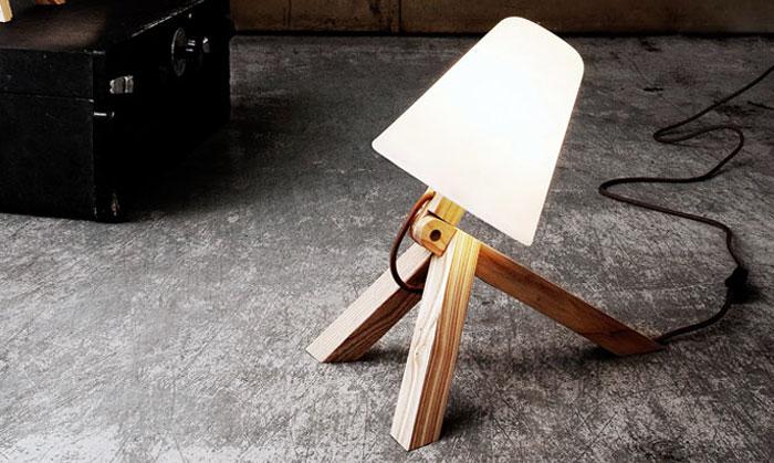 dog-like-table-wall-lamp-spiff