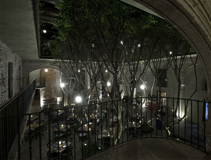 boutique-hotel-inner-courtyard