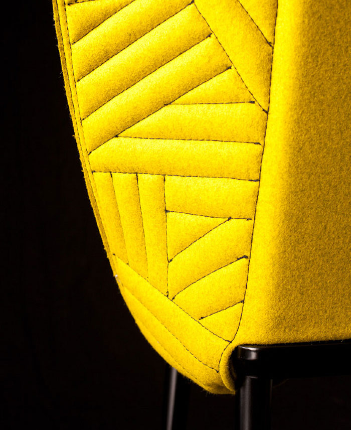 chair with garments2