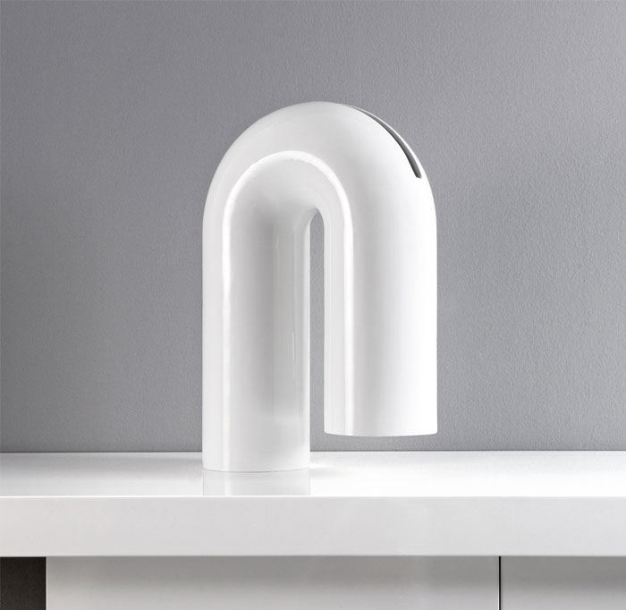 cylindrical volume vase