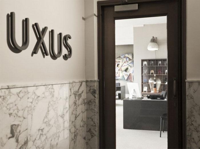 uxus office environment