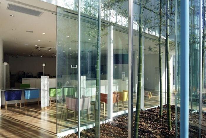banks-interior