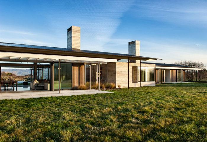 concrete-house-outdoor