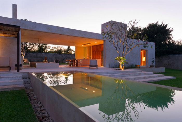 magic-mexican-hacienda-garden