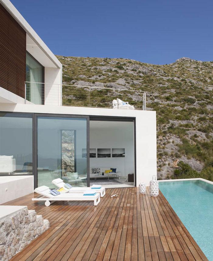 stone-wall-stunning-house5