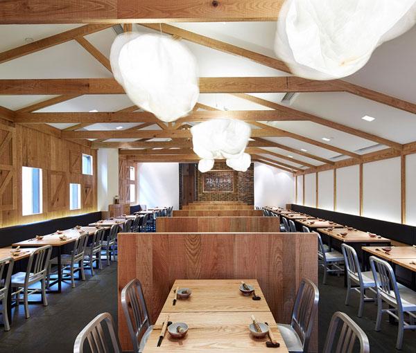 dining-area-traditional-materials-bricks-wood5