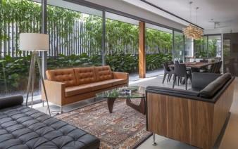 green wall living room decor1 338x212