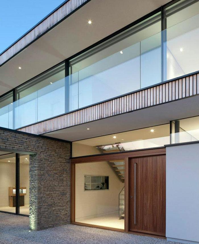 hardwood-door-urban-front3