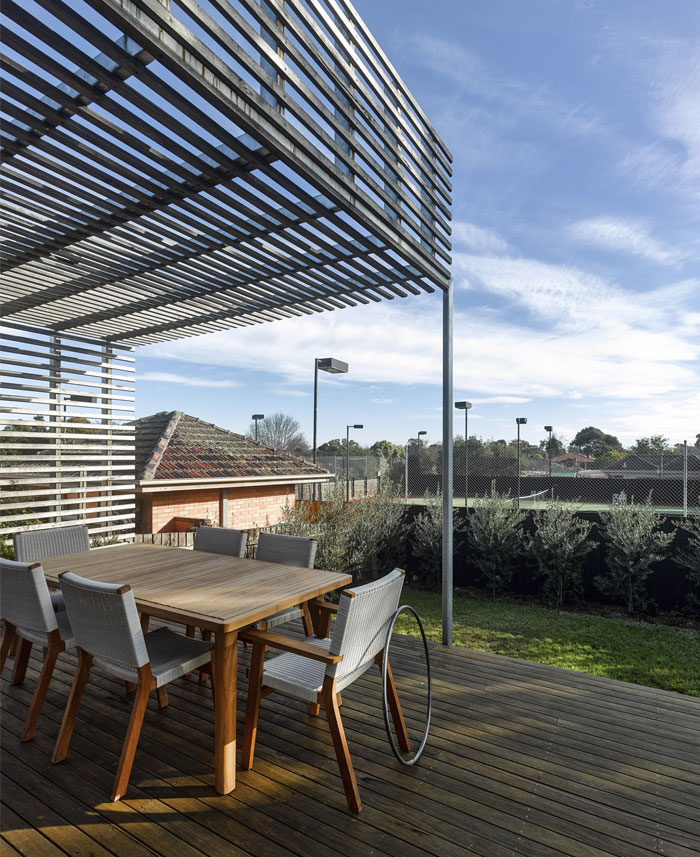 outdoor dining space1