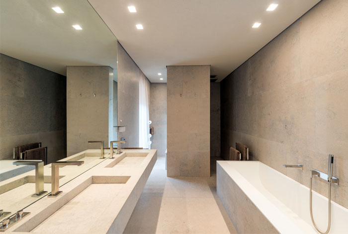 bathroom wall decor natural stone