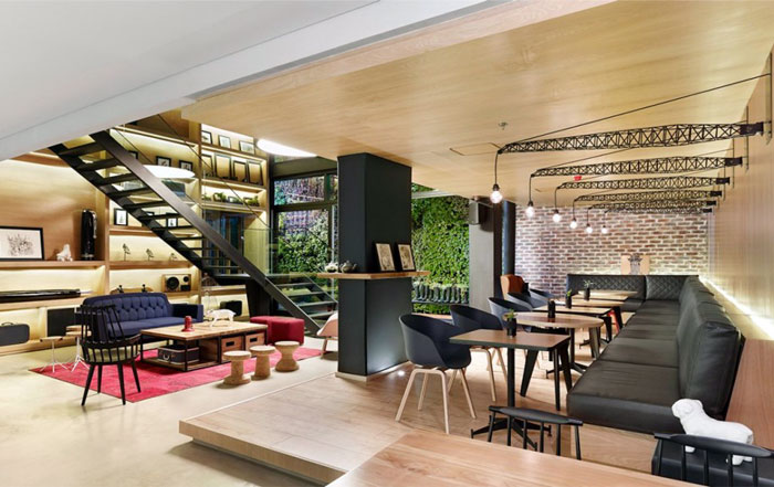 completely-fresh-independent-hotel-interior-3