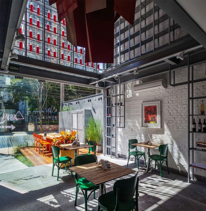 deliqate-restaurant-4