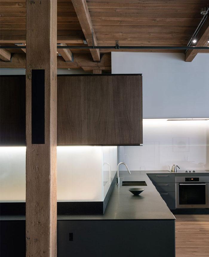 completely-open-loft-space-6
