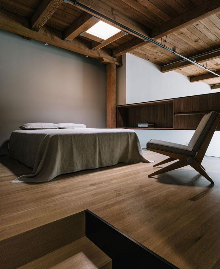 completely-open-loft-space-8