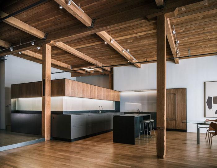 completely-open-loft-space