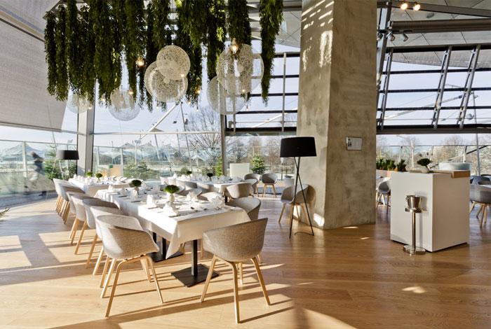 elegant dining room furnished oak wood