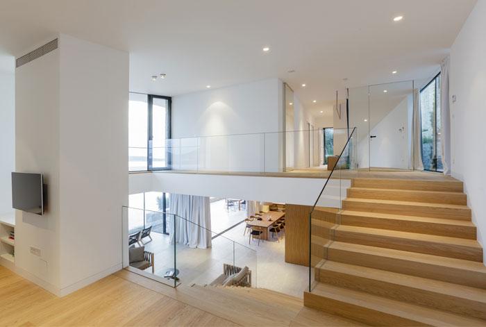 mediterranean-house-interior-2