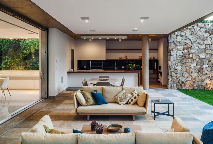 outdoor-area-sofa