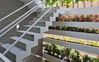 green space staircase 338x212