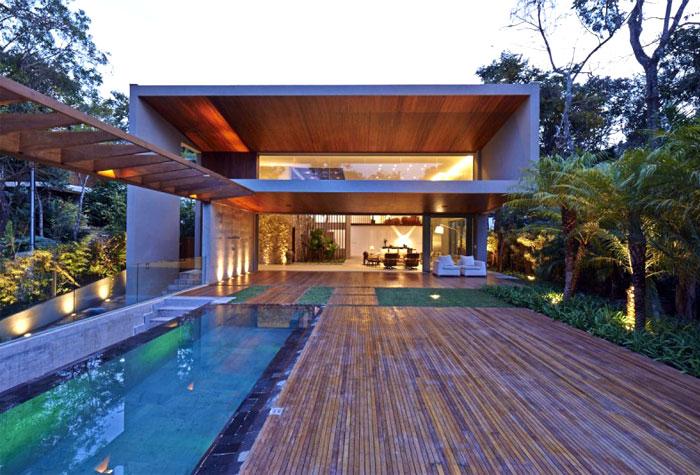 beautiful residence pool area