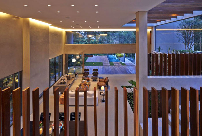 concrete stears wood railings