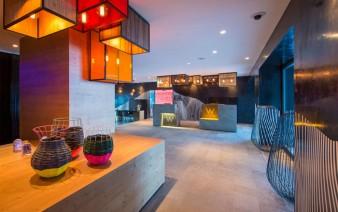 contemporary cozy retreat hotel loby 338x212