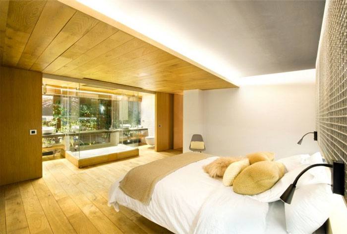 eye catching bedroom decor