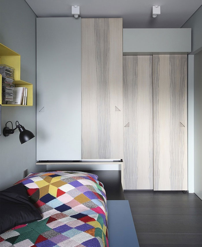 mezzanine-level-apartment-bedroom-interior