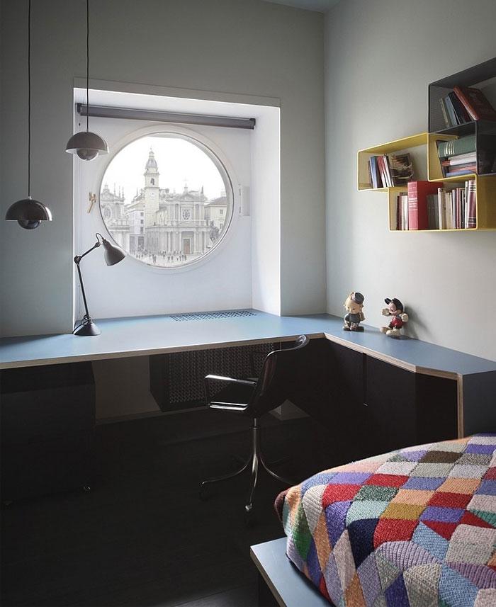 mezzanine-level-apartment-bedroom