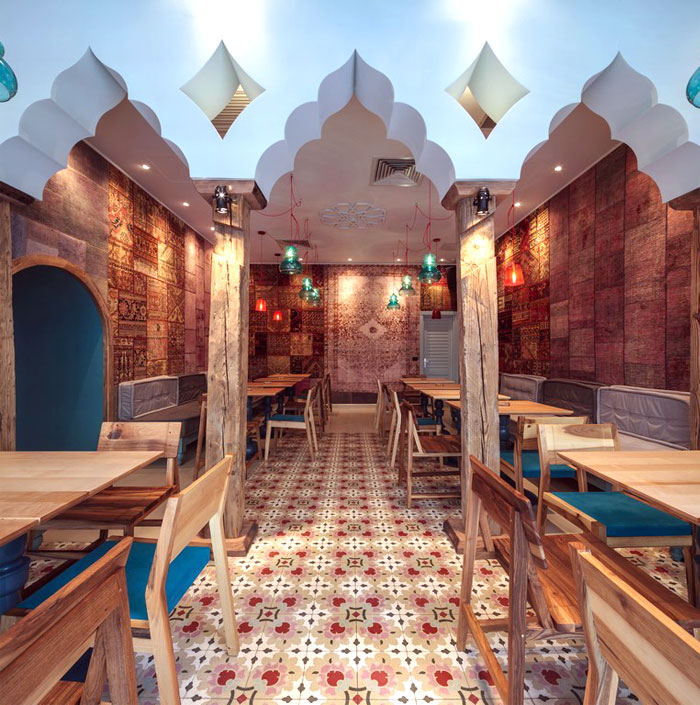 oriental bazaar dining decor