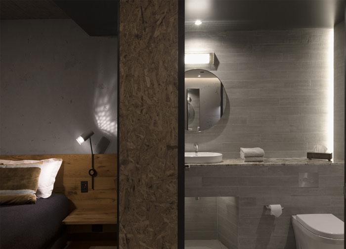 bedroom-oak-bed