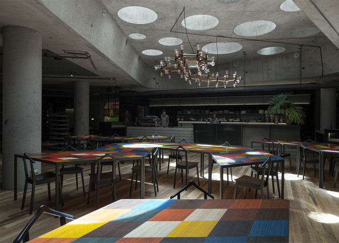 colorful-contemporary-dining-area-furnishing