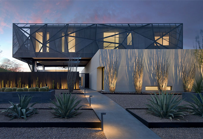 contemporary-house-situated-las-vegas