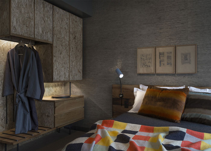 custom-made-colorful-bedroom-textile