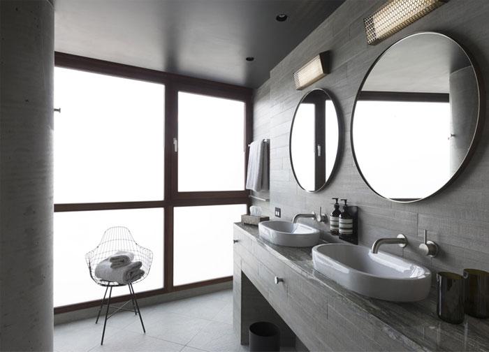 exposed-concrete-bathroom-interior