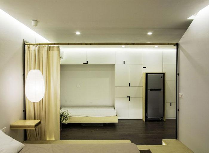 floor-to-ceiling-wardrobe