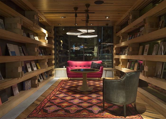 strong-artistic-librery-decor