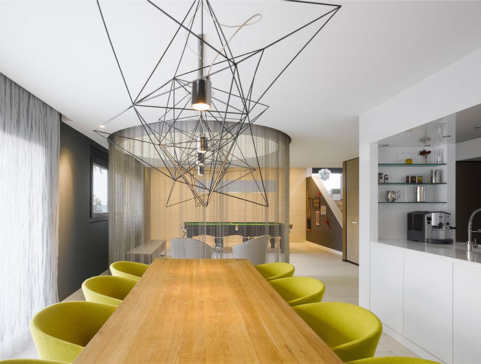 stylish-apartment-fantastic-dining-area