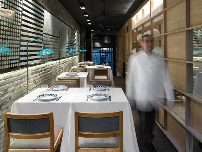 white-beige-blue-interior-decor