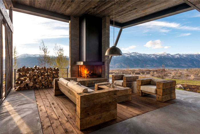 front outdoor area fireplace