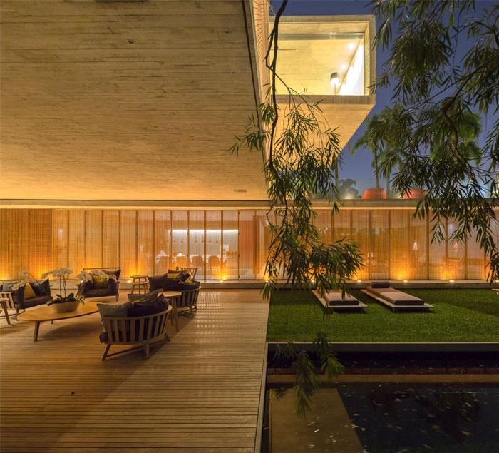 gardens open roof decks