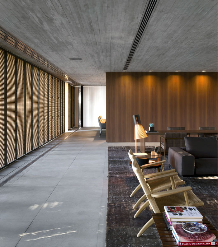 p house concrete wood light shadow