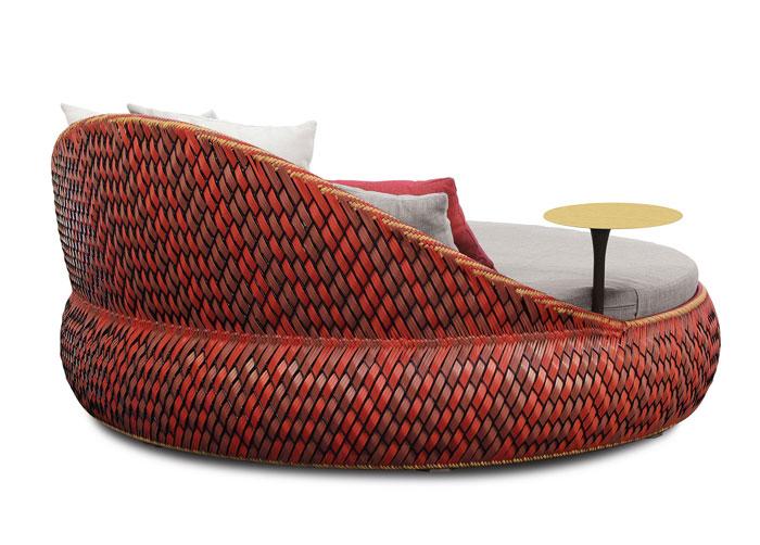 romantic-comfortable-garden-furniture