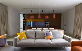 brick house dynamic living room decor 338x212