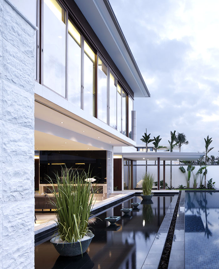 extremely modern luxurious villa outdoor pool