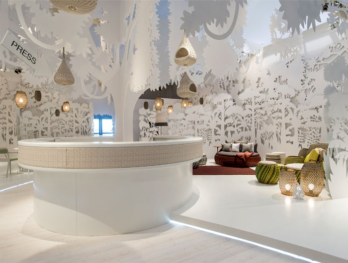 marvellous-white-outdoor- decor