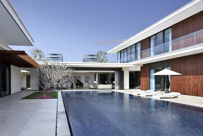 newly-build-villa-luxury-pool