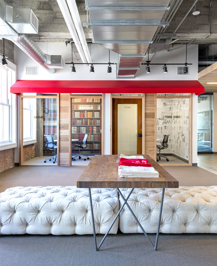 attractive comfortable artistic office space