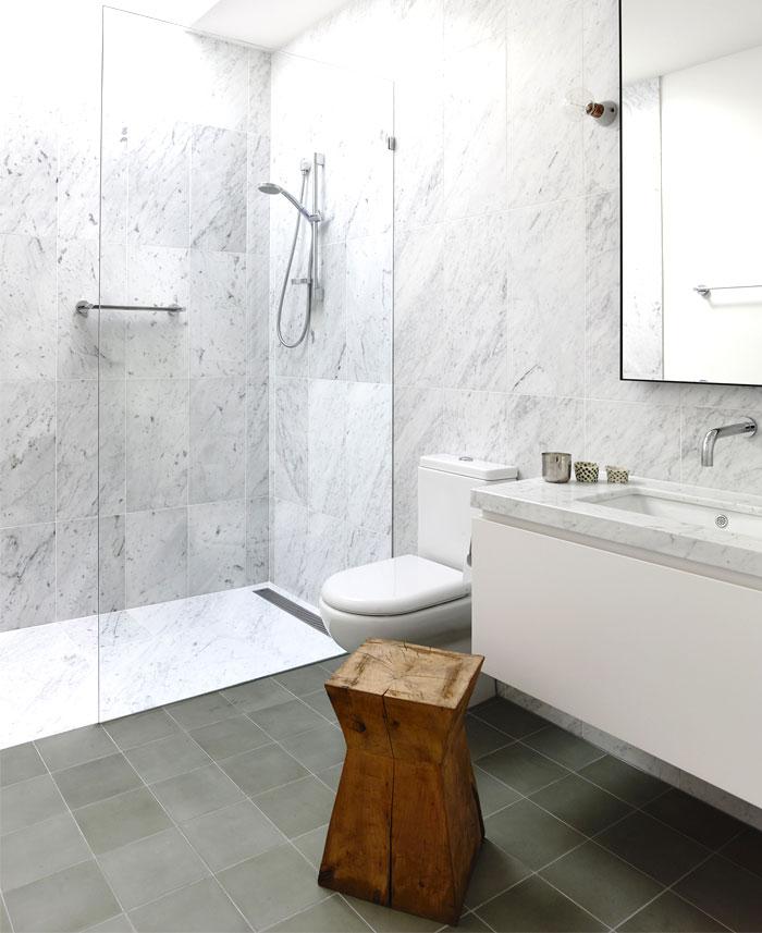 marble wall bathroom